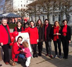 One Billion Rising 2015 mit Dr. Daniela Sommer