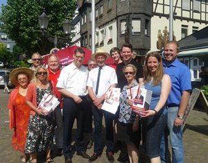 Wahlkampfstand in Frankenberg mit Thorsten Schäfer-Gümbel