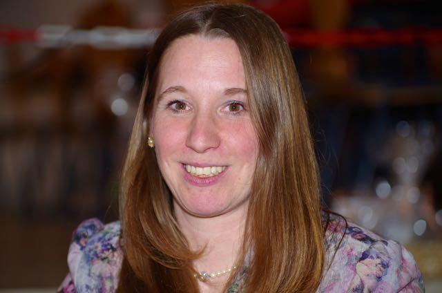Dr. Daniela Sommer_breit