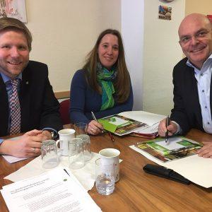 Gespräch von Dr. Daniela Sommer und Dr. Edgar Franke mit Bathildisheim